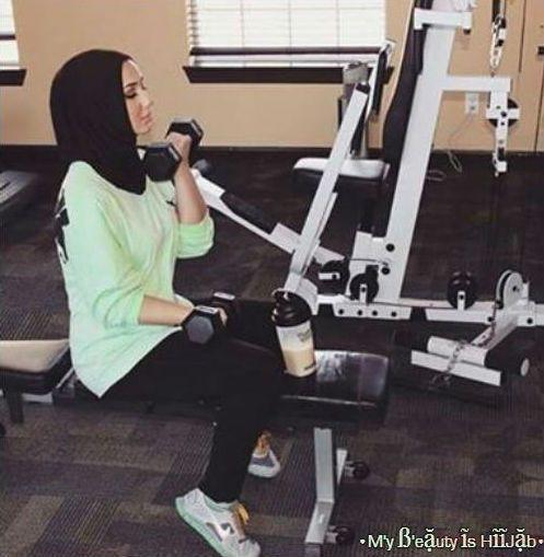 Hijab fashion sport | We Heart It | fashion, fitness, and girl