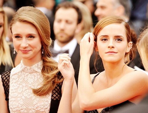 Emma Roberts And Taissa Farmiga: 98 Best Taissa Farmiga Images On Pinterest