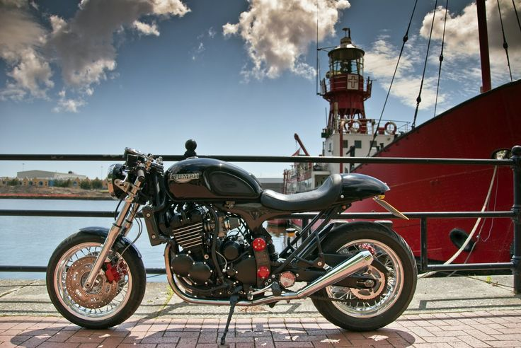 RocketGarage Cafe Racer: T3 Passion-Triumph Thunderbird Sport Cafe Racer.  Yes, please!!!!!
