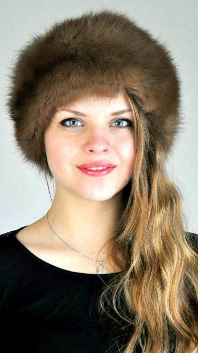 Cappello classico in autentica pelliccia di zibellino  www.amifur.it