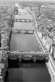 Firenze e l'Arno: un rapporto difficile Dalle origini al diluvio del 1333  di Salvina Pizzuoli Come tutte le città fluviali Firenze deve molto al suo fiume, nel bene e nel male.La storia della...