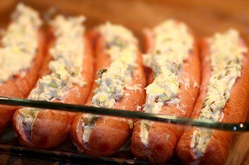 Fylld, gratinerad frukostkorv & potatismos | kryddburken.se | korv, korv i ugn