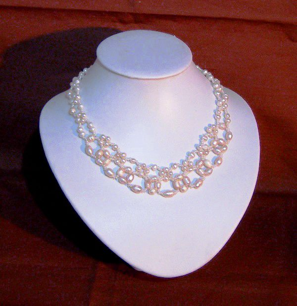 necklace patterns free | To bead this necklace just follow the numbers of steps on the pattern