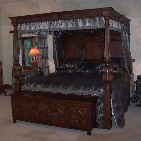 38 best images about tudor household on pinterest for Tudor style bedroom