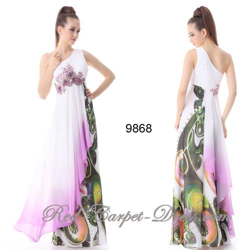 Absolutely gorgeous, feminine evening dress.
