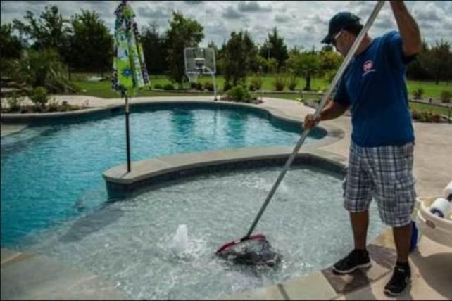 How Much Is It To Clean A Swimming Pool Call Service Omaha For A Free Estimate If You Can T M Pool Cleaning Service Swimming Pool Cleaning Pool Cleaning Tips