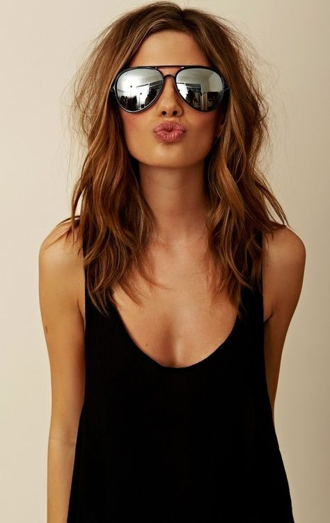 mid length hair.. I wish I could pull off aviators! @Whitney Clark Clark Gregory reminds me of you with dark hair:)