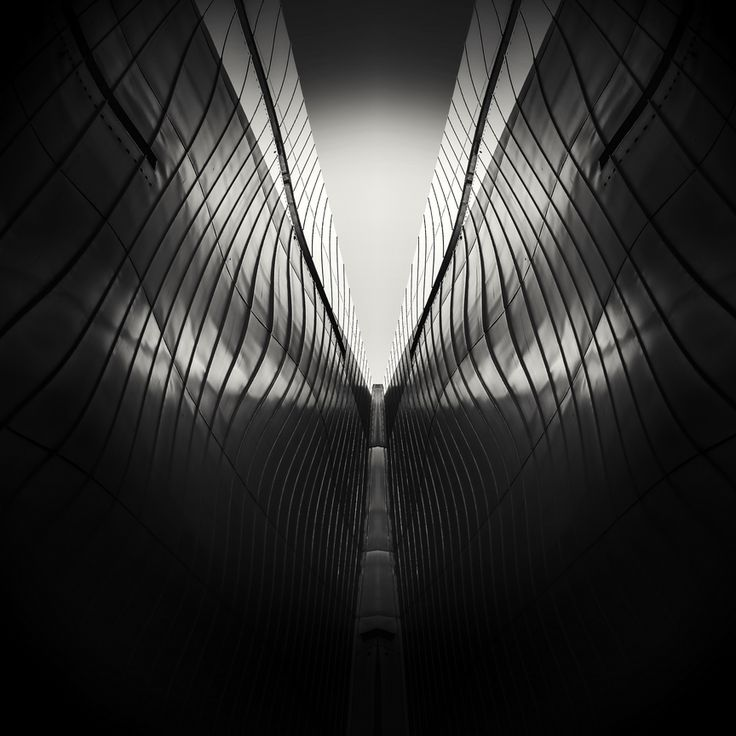 Urbanfobia 8 - Electromagnetic Wave by Alexandru Crisan on Art Limited
