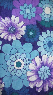 Vintage 70s 1970s Floral Bold Daisy Fabric Single Curtain