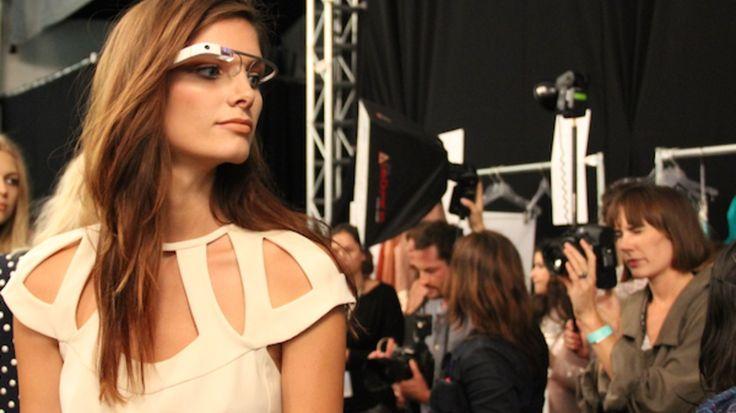 Google-glass-graces-the-runway-at-new-york-fashion-week-ca9b7779d8