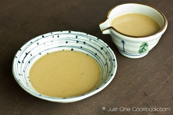 Simple instructions on how to make sesame sauce, goma dare, at home. Enjoy this amazing sauce with shabu shabu.