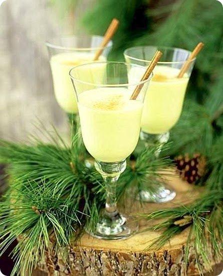 Eggnog bevanda alcolica tipica del periodo natalizio in Gran Bretagna, Stati Uniti, Canada e Lussemburgo.