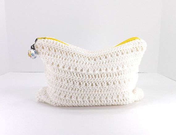 Crochet Cosmetic Bag : Crochet MakeUp Bag Crochet Cosmetic Case Zippered by MyNicePurses, $20 ...