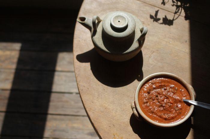 Sopa de tomate, cenoura e lentilha