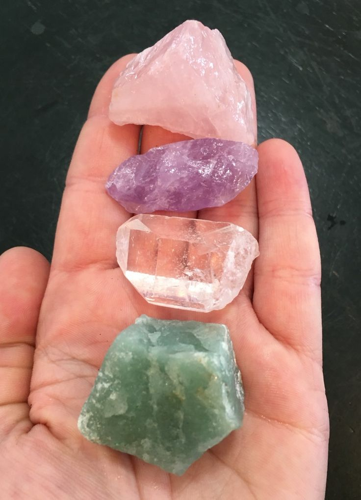Attract Love Gemstone Set (Raw) Listing includes: Green Aventurine, Amethyst, Rose Quartz and Crystal Quartz tumbled stones and organza pouch. Metaphysical Properties: Rose Quartz: is known as the lov