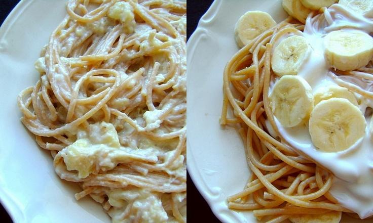 Makaron z sosem bananowym