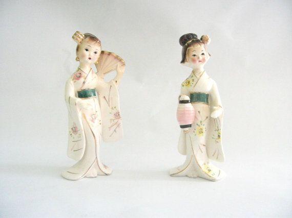 Pair of Geisha Porcelain Vintage Figurines Japan 1950s by mish73, £16.00Geishas Porcelain, Vintage Delight, Porcelain Vintage, Japan 1950S, Vintage Figurines, Favourite Things, Figurines Japan, Cream Sodas, Craftyfolk Team