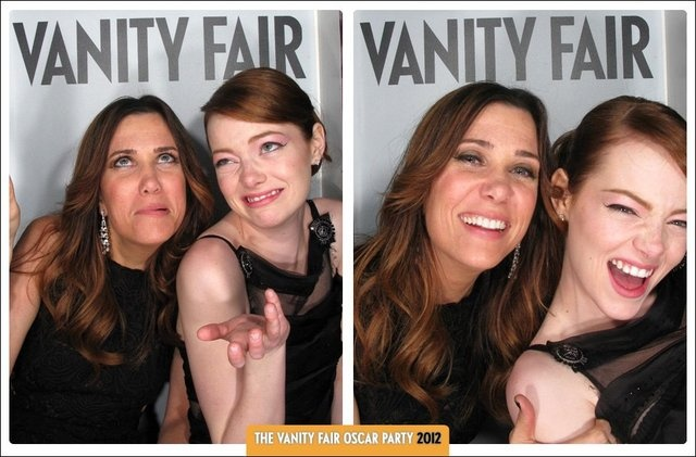 Kristen & Emma -- Two of my favesPhotos Booths, Girls Crushes, Vanities Fair, Vanity Fair, Kristen Wiig, Oscars Parties, Funny Girls, Funny People, Emma Stones