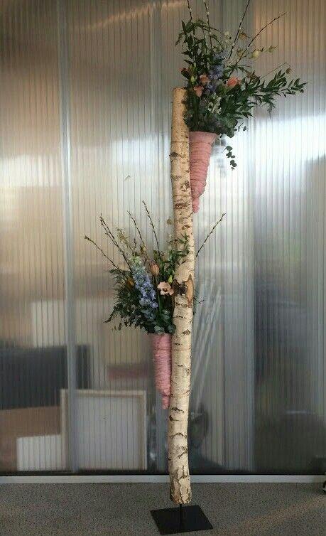 Bloemen boomstam