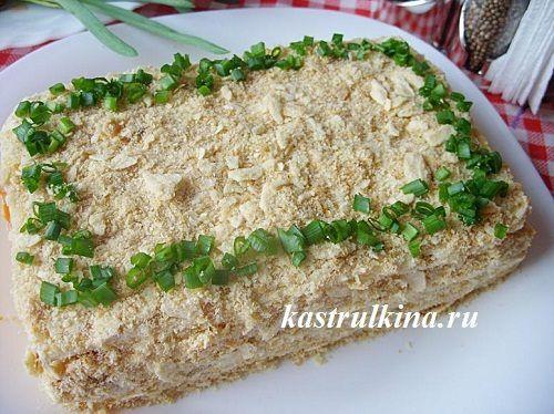 Закусочный слоеный торт с рыбными консервами (рецепт с фото)