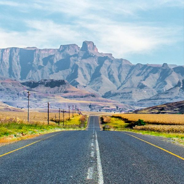 Plenty #photo ops in the #Drakensberg! Just look toward Getaway Magazine's photoblog, or pop in and see for yourself... #tourism #travel