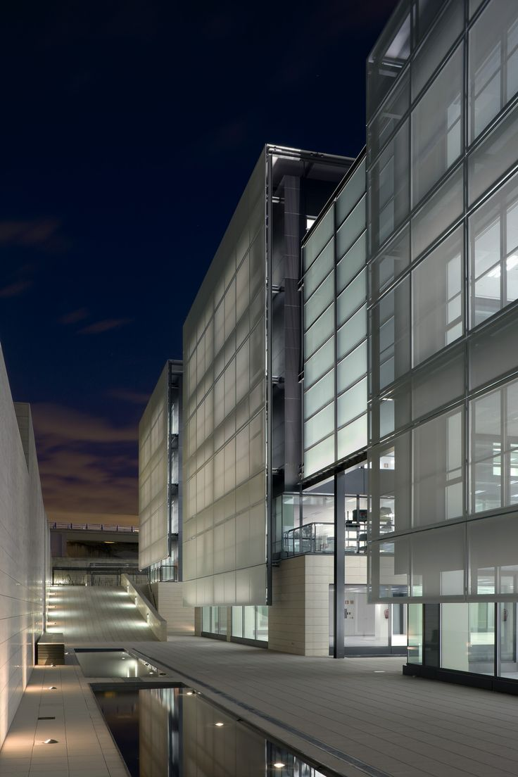 Tripark Las Rozas. allende arquitectos. Madrid 2009. LEED Gold Core & Shell