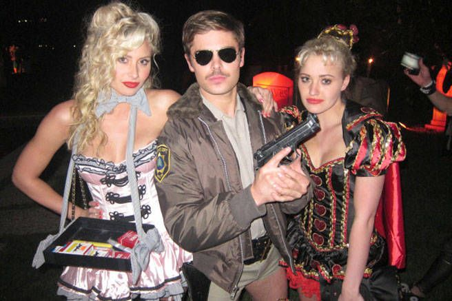 A tweeted pic of Zac Efron as Reno 911!'s Lt. Dangle.