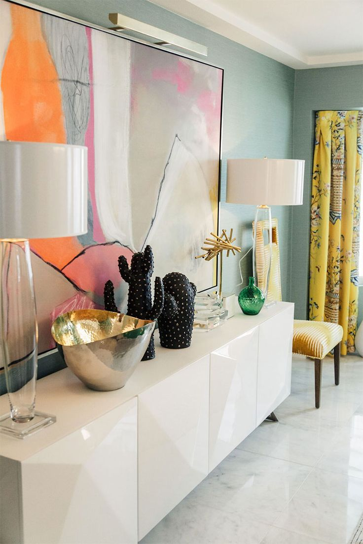 See Kelly Golightly's Bold Colorful Dining Room in Palm Springs designed by Christopher Kennedy in partnership with @shopthemine