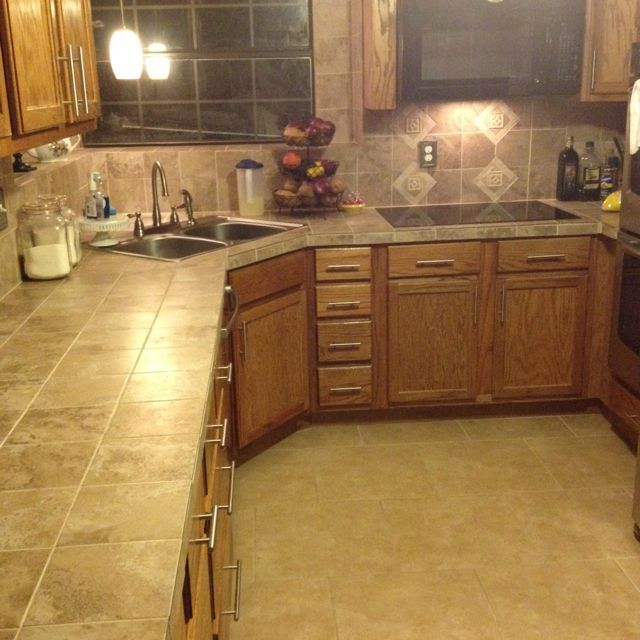 Ceramic Countertops Kitchen: 27 Best TILE COUNTERTOPS Images By Harris McClain Kitchen