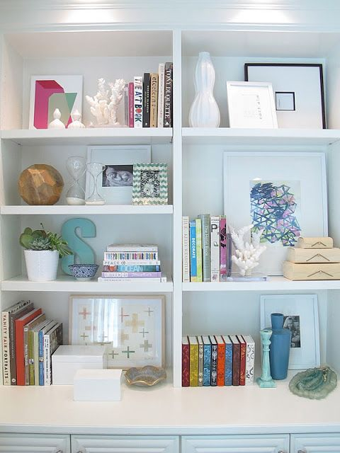Amber Interior Design: Wuz Crack-A-Lackin?? @maramack love the shelf styling in this post. Click the link to see all.