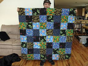 jen yu: flannel rag quilt---i've seen this made from lots of WOWs and it was WOW!!!   :)