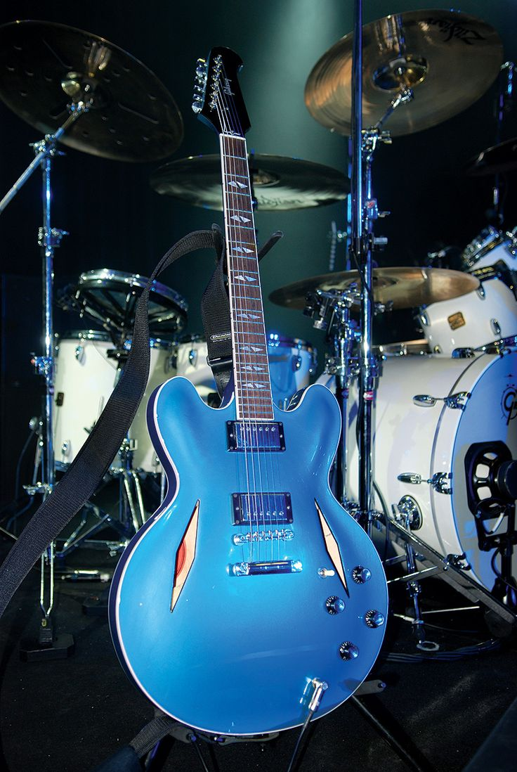 This is the HOLY GRAIL of all guitars. Gibson stopped making it. It is a Trini Lopez style Gibson custom Phelam Blue finish Dave Grohl guitar (Lead singer of FOO FIGHTERS). Beauty.