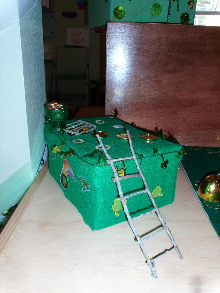 4 clovers and leprechaun traps pinterest