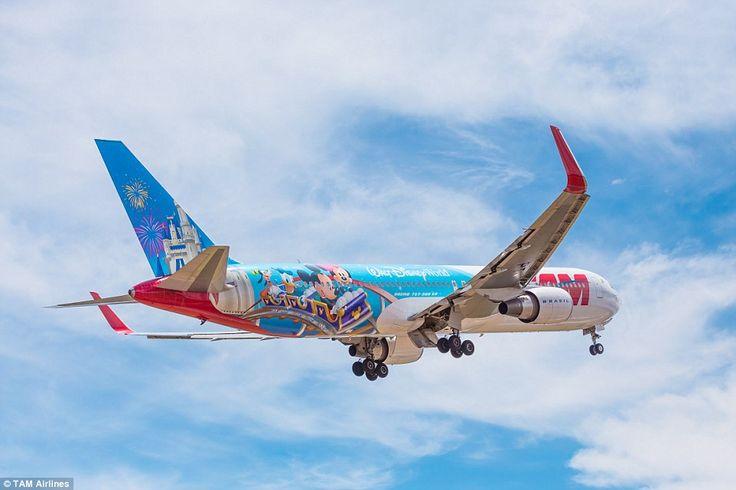 Saiba como usar o Google Flights, a ferramente do Google que te ajuda a encontrar passagem aérea barata e as melhores promoções.