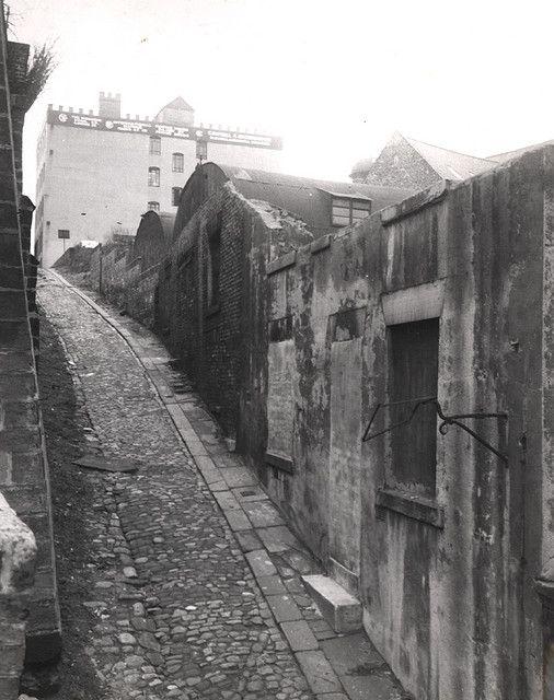030488:Silver Street Newcastle upon Tyne 1952 Home of my grt grt grt gran 100 years earlier