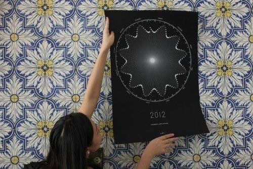 calendrier lunaire 20122 500x333 Un superbe calendrier Lunaire 2012!