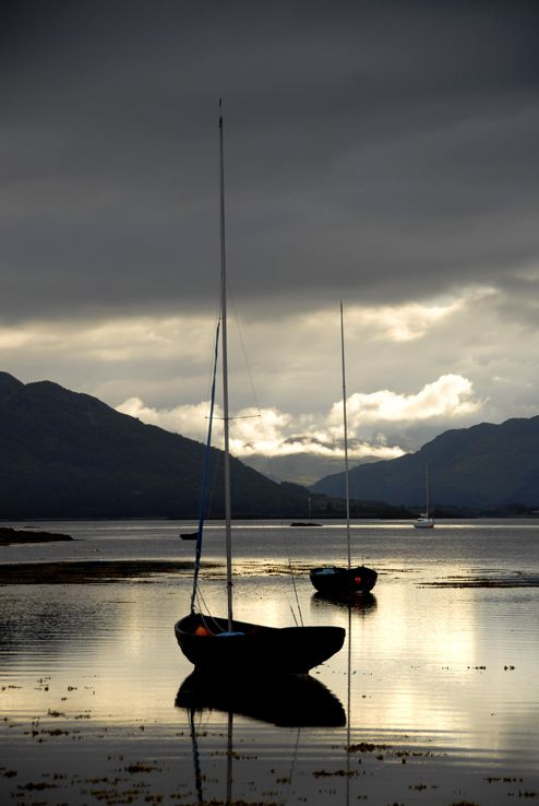 High Tide - Plockton, Scotland Copyright: izzet keribar