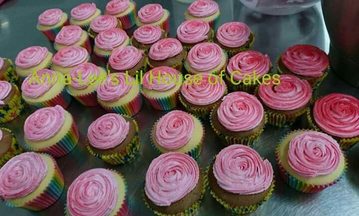 Rose birthday  cupcakes.