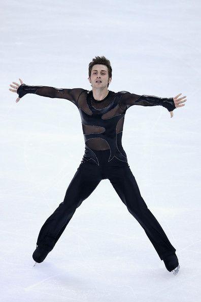 Nick Verreos: Figure Skating Costume Minute--Cup of China 2012--Men's Costume Recap!