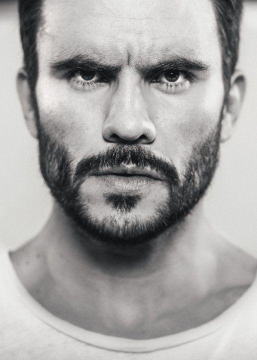 Pictures & Photos of Juan Pablo Raba - IMDb