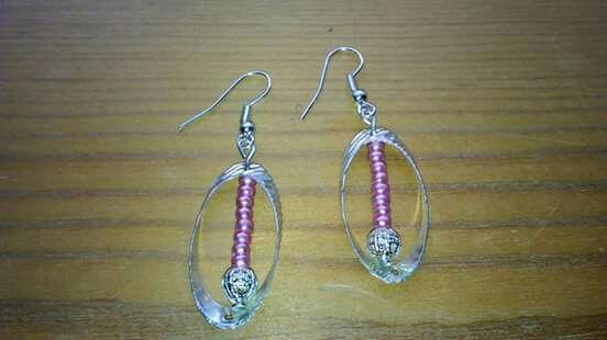Orecchini ovali con particolare perle rosa antico