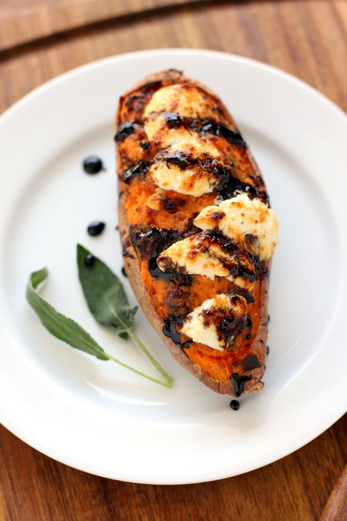 Pretty sure this just convinced me to finally try a sweet potato side! >>> Twice Baked Cranberry and Pancetta Sweet Potatoes with Balsamic Glaze