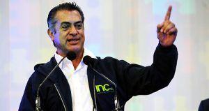 """Una de las promesas de Jaime Rodríguez Calderón, mejor conocido como """"El Bronco"""", durante su campaña como candidato independiente a la gubernatura de Nuevo León fue que castigaría la corrupción del priista Rodrigo Medina de la Cruz, a quien finalmente sucedió en el cargo: """"Vamos a buscar a los responsables que nos dejaron endeudado […]"""