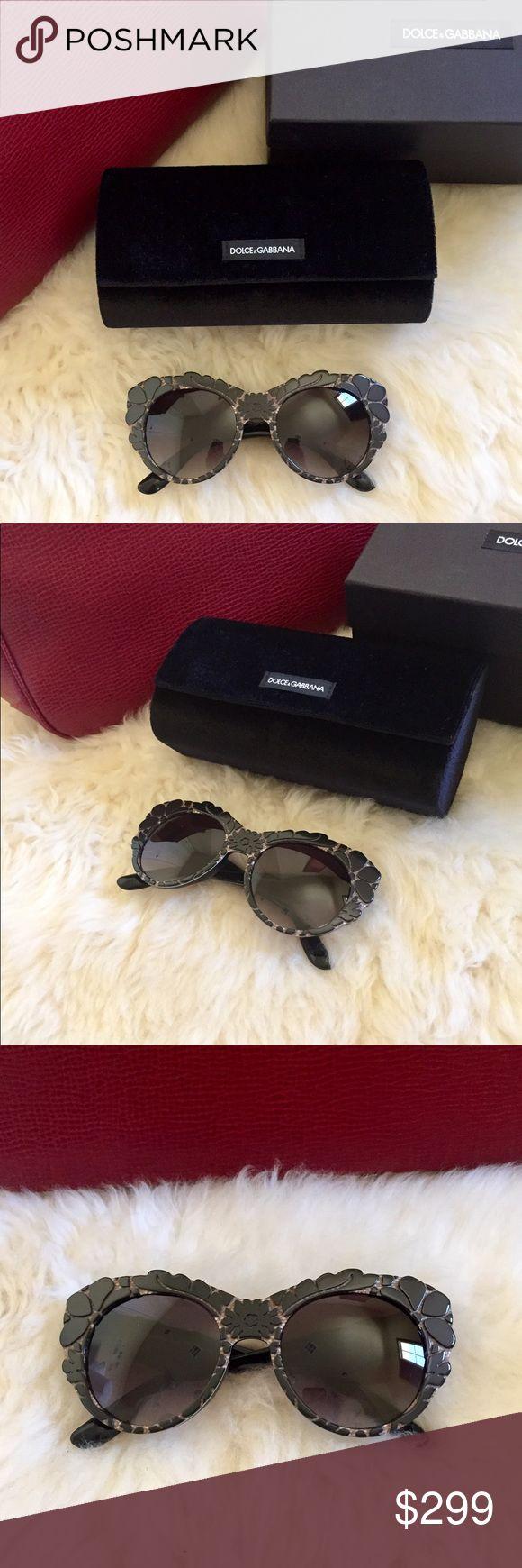 bb1eb892fb0 Dolce   Gabbana DNA Oversized Sunglasses New In Box- Women s DNA oversized  sunglasses with textured