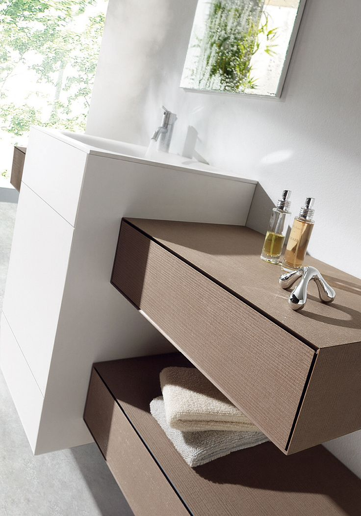 Ola bathroom system. MB studio. Naturalia by Arpa, Larix finish.