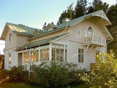 Vita rosor och förgätmigej: Drömmen om en inglasad veranda...