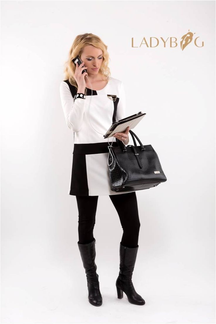 Handbag LADYBAG Magnum Black: the first multifunctional heated handbag which charges your mobile devices.  BUY HERE: www.ladybag.cz