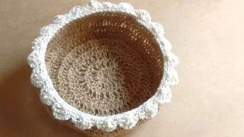 cesta, panera - hilos de yute (sisal) y algodon - crochet