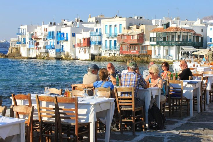 Greece's Tourism Revenue Down by 6.4% in 2016.
