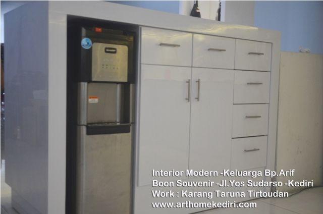 jasa pembuatan interior kitchen set nganjuk. www.arthomekediri.com 085235119777
